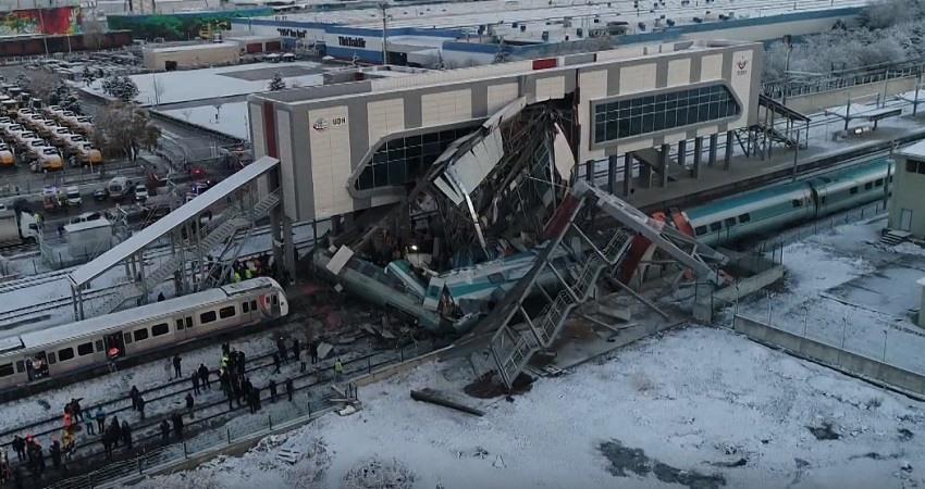 Accidente ferroviario en Ankara