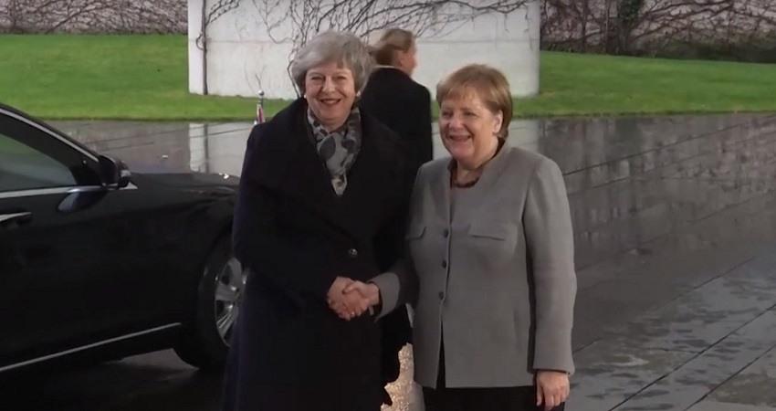 La Unión Europea advierte de que el acuerdo del Brexit no es renegociable