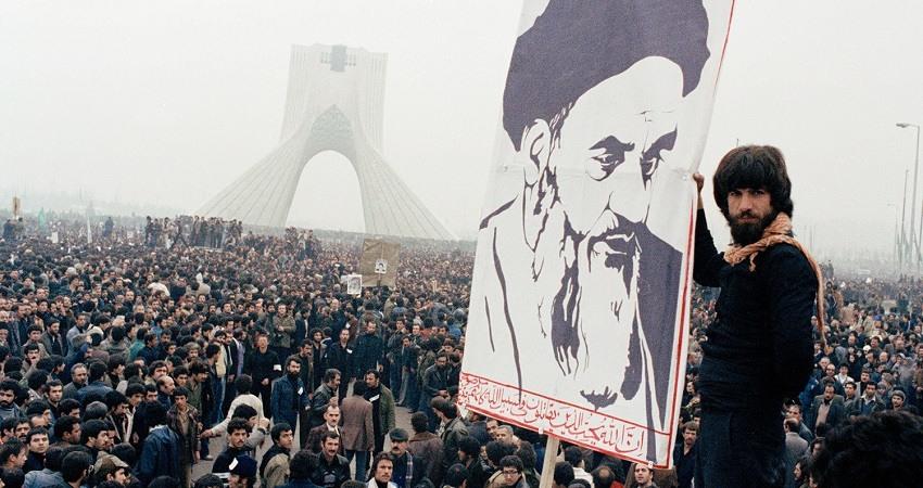 Iran se enfrenta a su mayor crisis 40 años despues de la revolucion