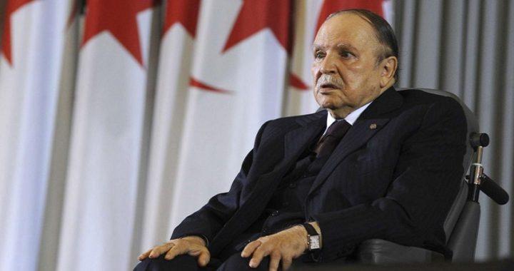 Bouteflika dimite tras las masivas protestas en Argelia