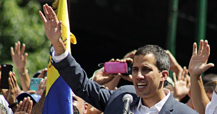 La Asamblea Constituyente, integrada por chavistas, le quita la inmunidad a Guaidó