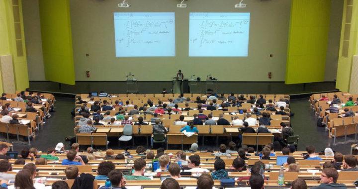Javier Montero roza la perfección en la prueba de Acceso a la Universidad (EVAU) con un 13,914